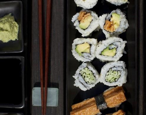 sushi-495×700